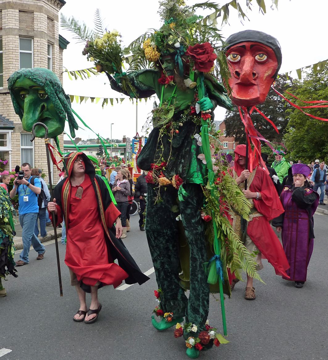 Laurie as the Green Man reaches Pilton with the parade
