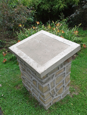 Memorial Plinth in Rotary Gardens